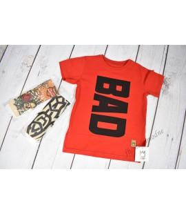 T-shirt BAD +rękaw tatuaż - czerwony 92/104cm